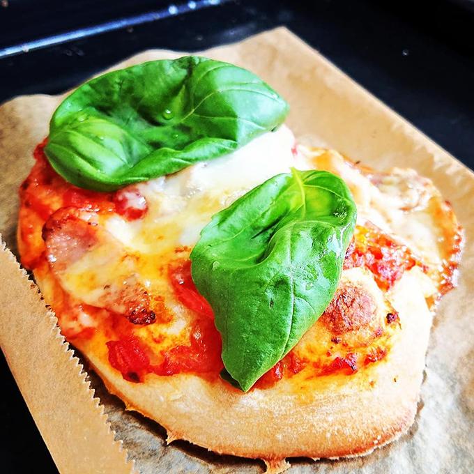 基本のピザマルゲリータ