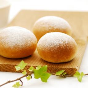 自家製酵母のシンプルな丸パン