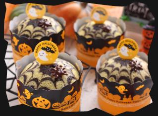ハロウィンの簡単蜘蛛の巣蒸しケーキ