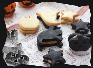 サクサク!ハロウィンクッキーのピーナッツバターサンド