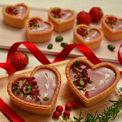 ルビーチョコレートのタルトショコラ