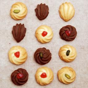 レトロな絞り出しクッキー